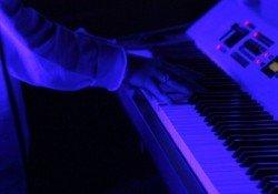 Quanto tempo leva para aprender a tocar piano ou teclado? - teclado piano